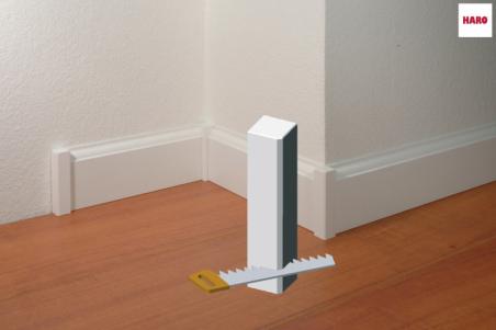 Balti laminuoti kampukai Haro Antique grindjuostėms 22*22*122 mm